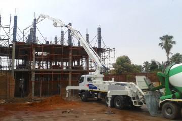 36m concrete pump pumping slab