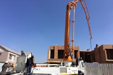 Priming 36m concrete pump